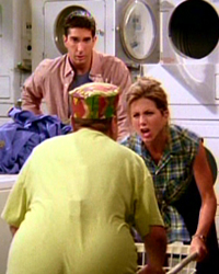 Friends, Season 1 Episode 05: The One with the East German Laundry Detergent