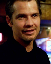Justified, S03E10: Guy Walks Into A Bar